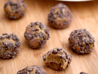 Chocolate Peanut Butter 90 Calorie Balls