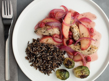 Recipe: Chicken With Cranberries & Apples