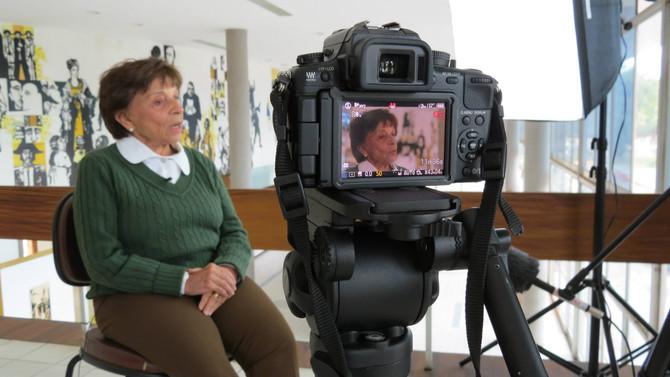 """Filmagens do Documentário """"60 anos de memória da Escola de Belas Artes da UFMG"""" - Yara Tup"""