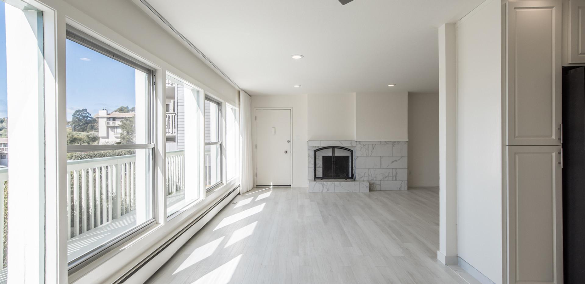 Marinero 105 Living Room 1.jpg