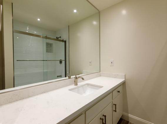 unit 203 bathrooms only_5d4_0546.jpg