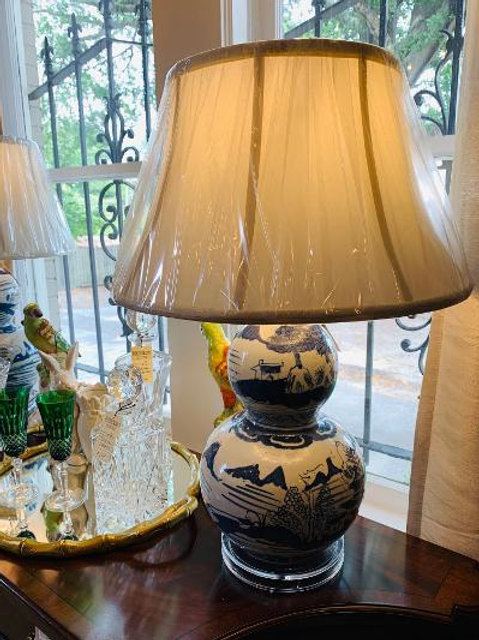 Blue& White Gourd Lamp