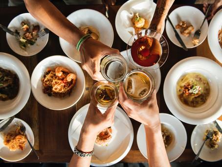 Como harmonizar bebidas e comidas para receber os amigos em casa?