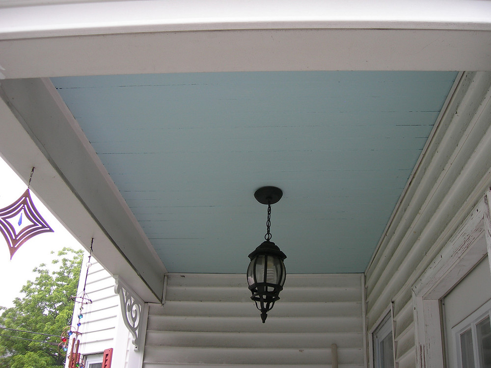 Blue Porch Ceiling to Ward Off Haints, Discourage Nest-Building by Wasps | Photo by Lake Lou