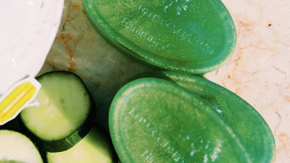 Cucumber and Green Tea with Olive Oil
