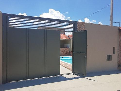 Vende-se Casa com piscina em Pederneiras SP.