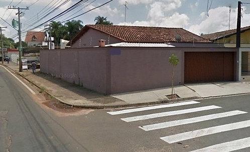 Vende-se  Casa excelente no Bairro Dois Córregos - Piracicaba SP