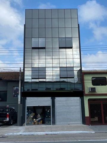 Alugo Prédio 3 Pavimentos em Santo Amaro SP.