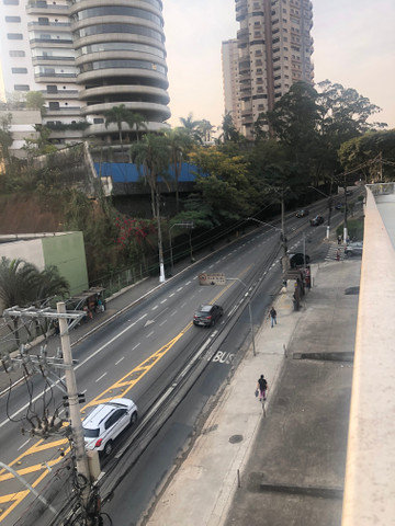 Alugo 1000 m² quadrados, Morumbi, São Paulo SP.