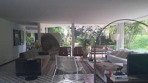 Casa à Venda - em Santo Amaro 626m2 Área total   462m2 Área útil São Paulo