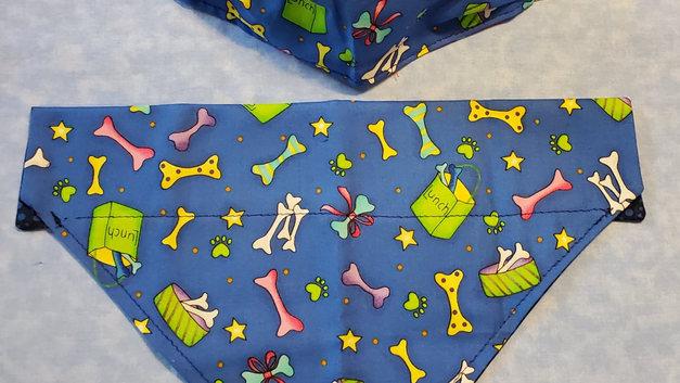 blue w-stars bones bandanna