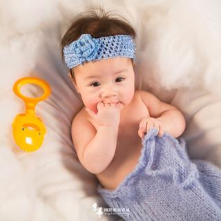 新竹京華新生兒寶寶寫真|【新竹京華兒童創意寫真會館】