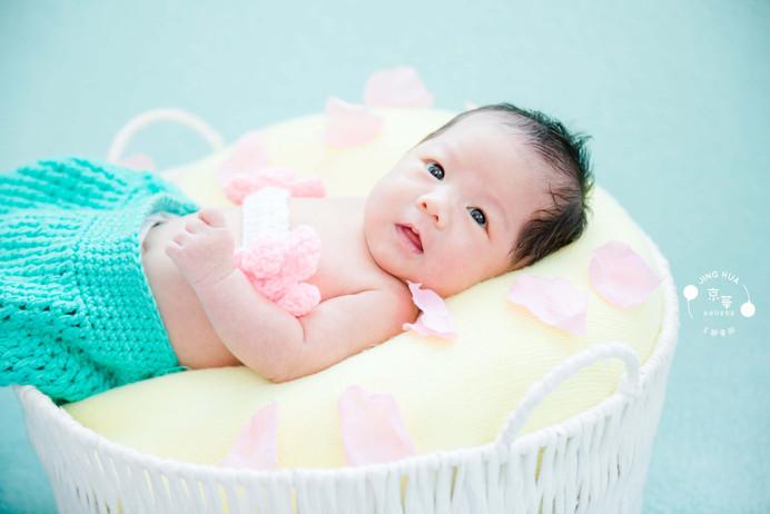 新竹京華新生兒寶寶寫真 【新竹京華兒童創意寫真會館】