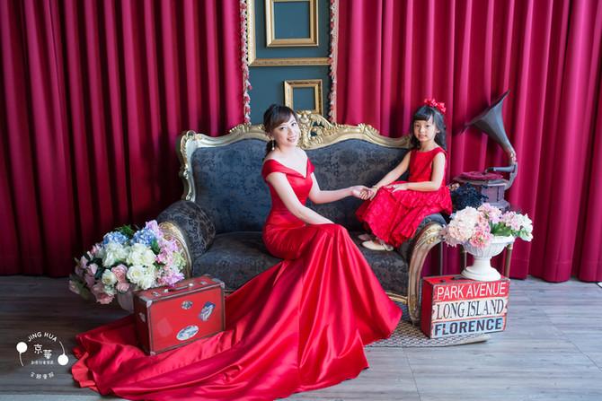 全家福推薦-全台最大的百坪攝影片場婚紗體驗-京華婚紗 雅琪媽咪