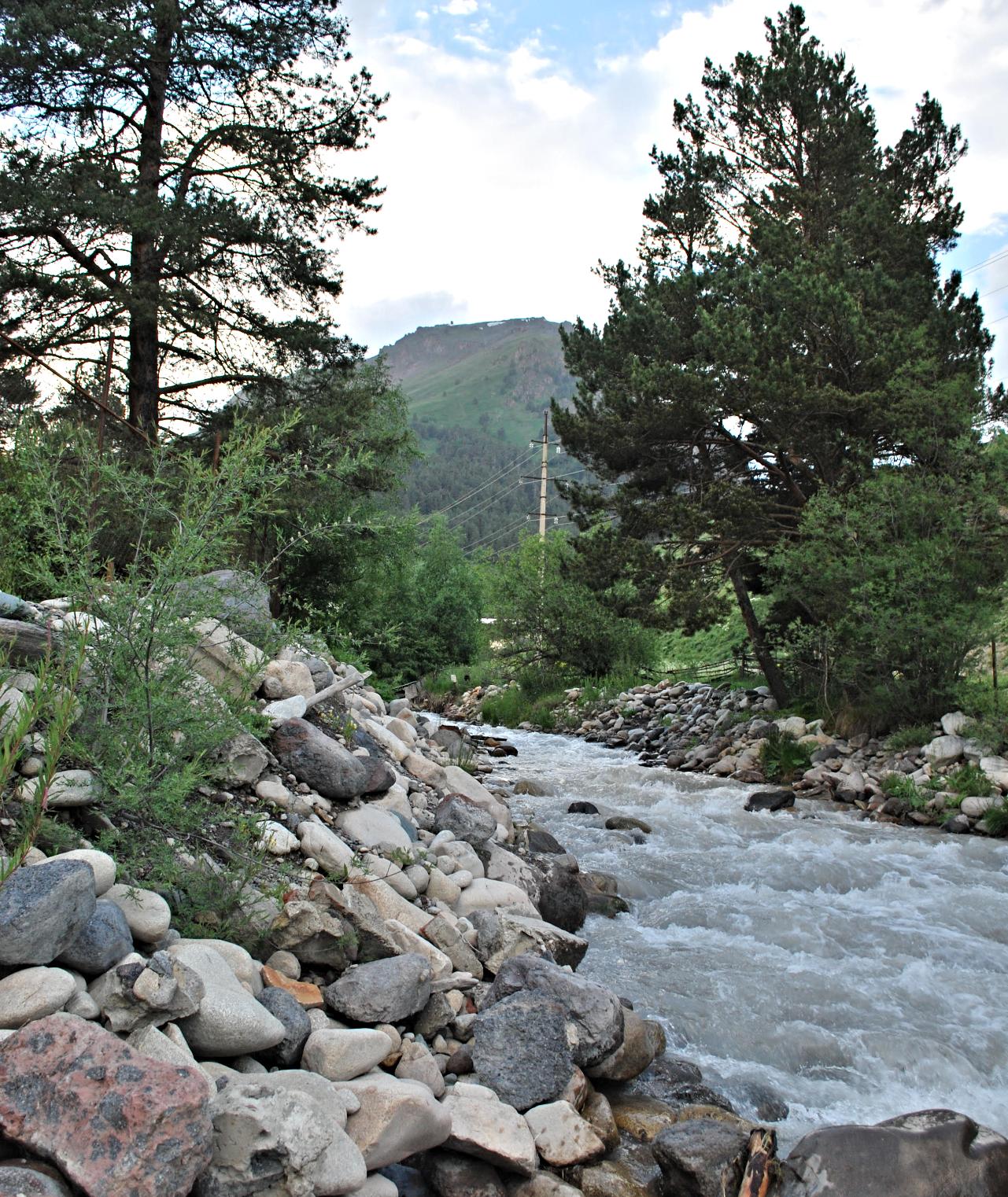 Река Терскол