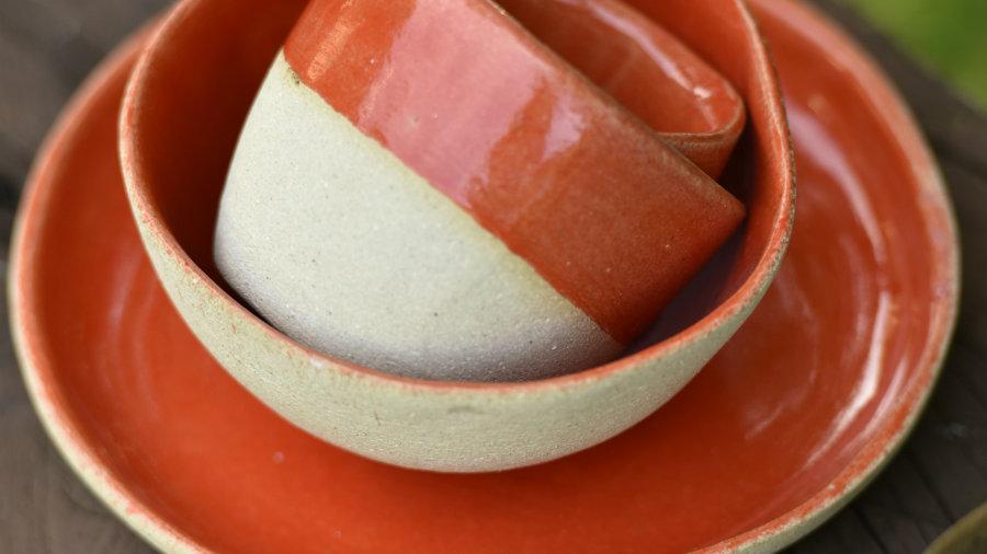 kit café da manhã em cerâmica produzido em Gonçalves, Minas Gerais