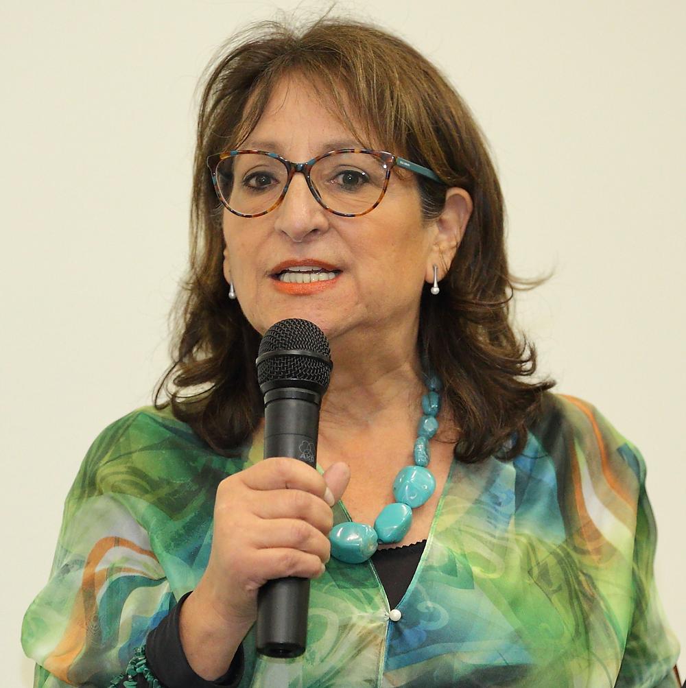 Dr. Corina Toledo, promovierte Politikwissenschaftlerin und Ökofeminstin