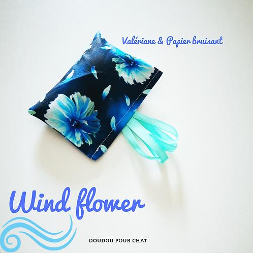 DOUDOU BRUISANT WIND FLOWER