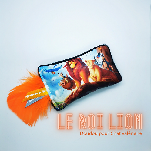 DOUDOU LE ROI LION
