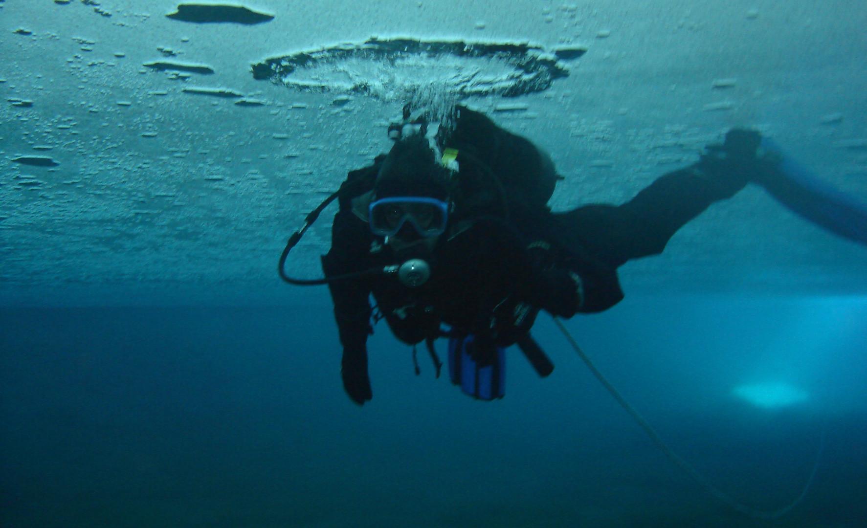 Plongée Sous Glace