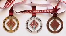 Medalhas metal exclusivas, corte vazado