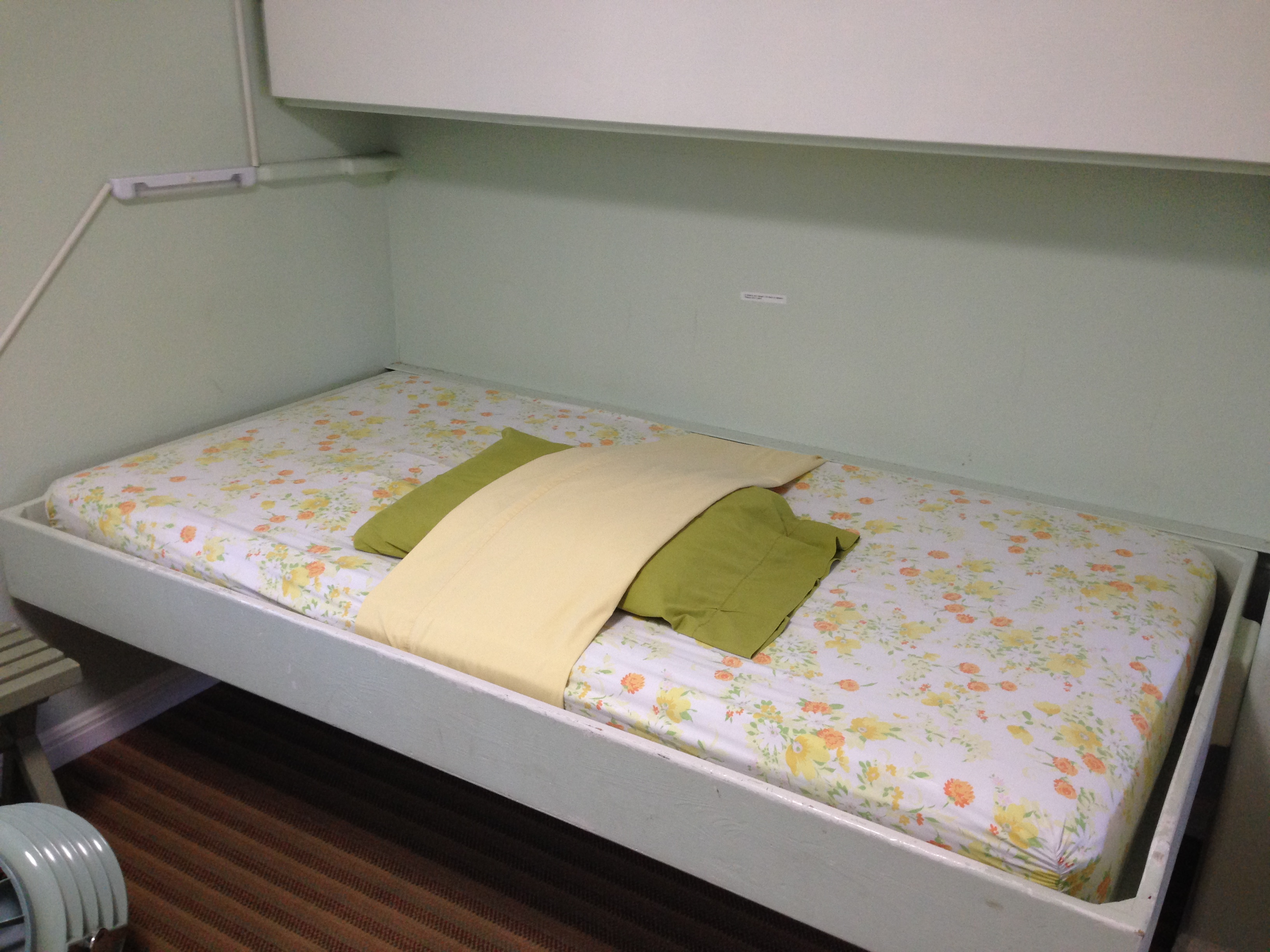 bunkroom fold down bunks