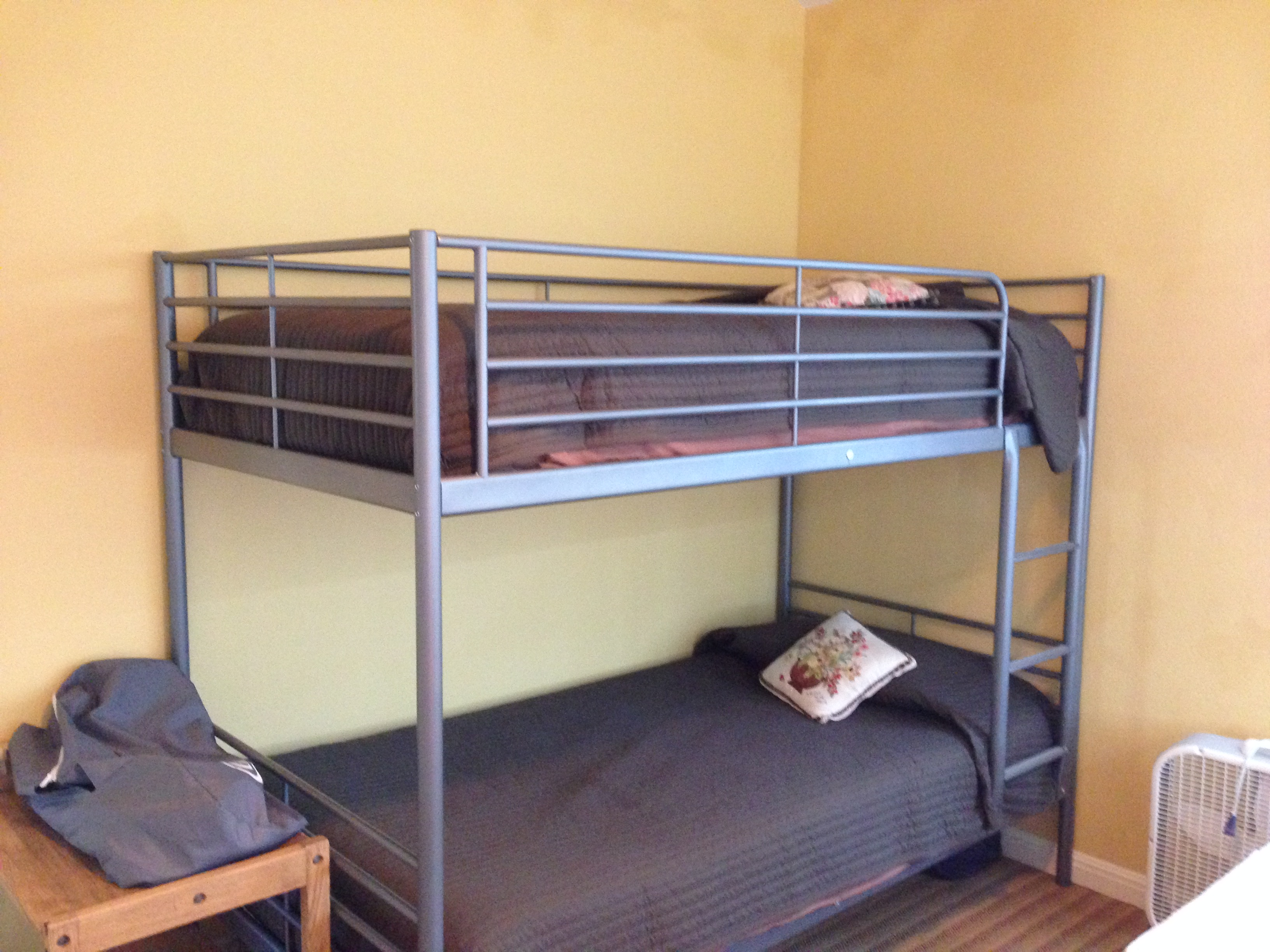 yellow room bunks