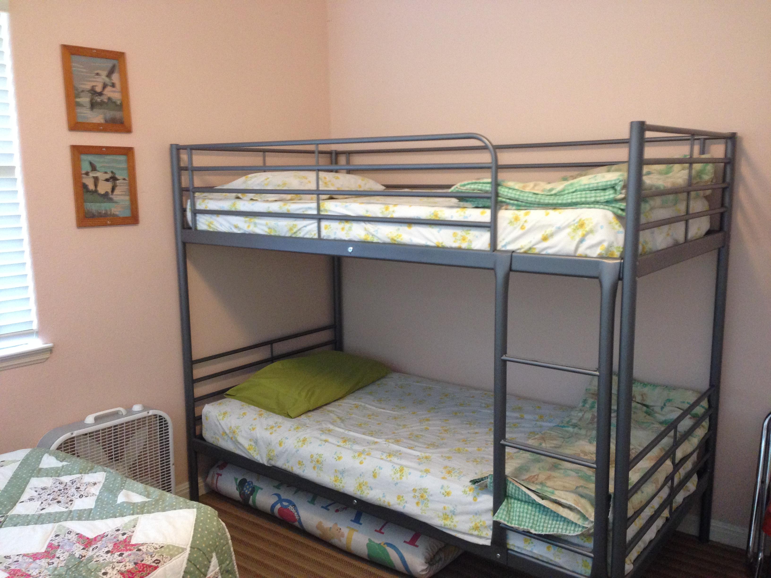 pink room bunks