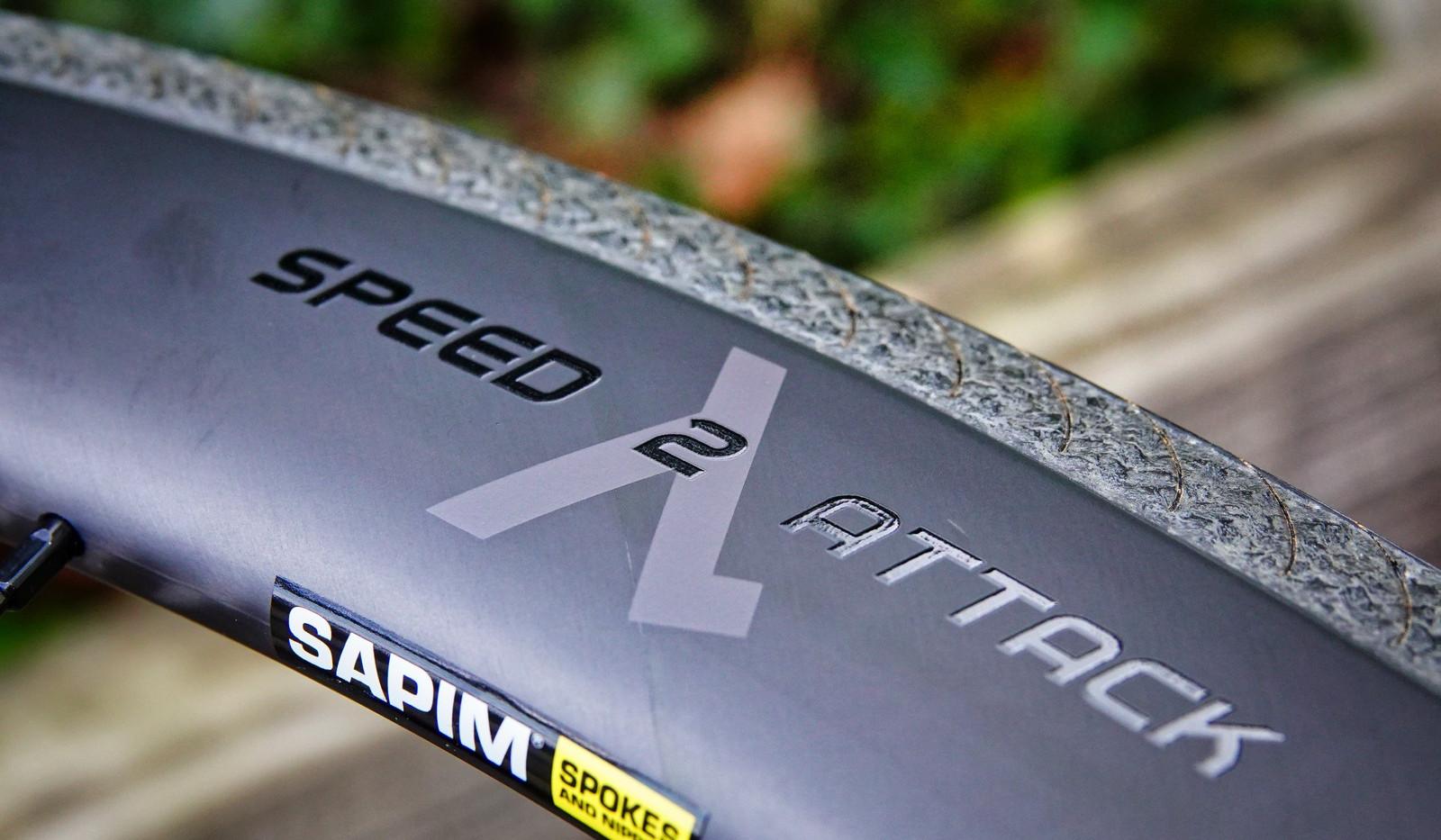 SPEED ATTACK Laufradsatz mit ATA Bremsfl