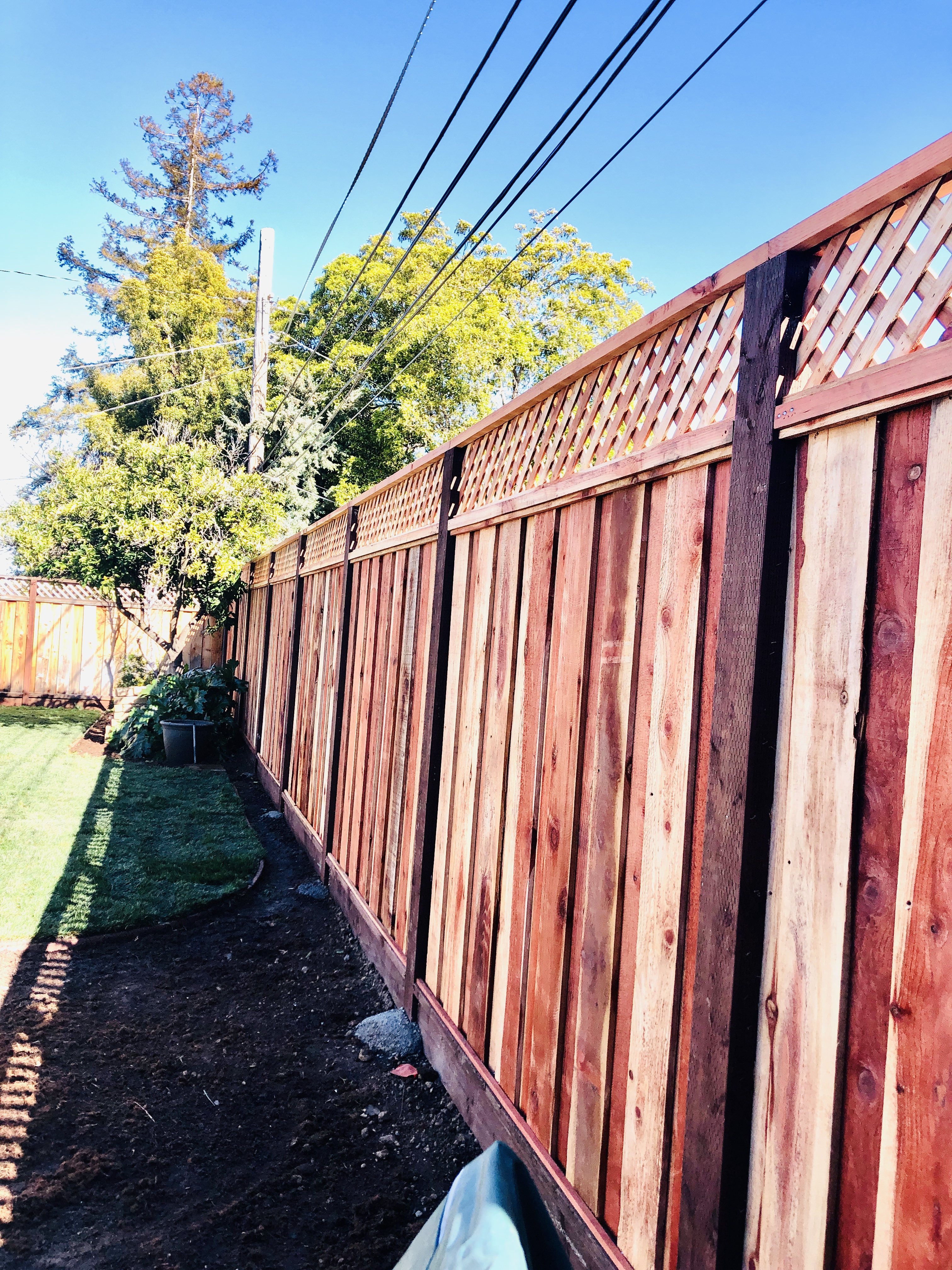 8' height fence with lattice