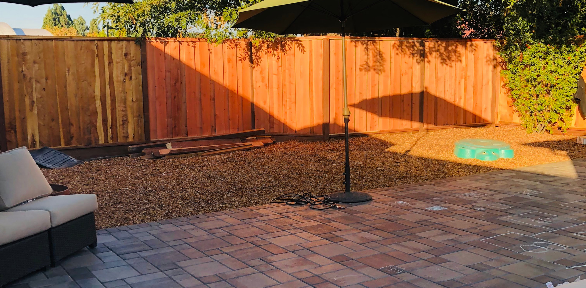 Pavers with woodchips