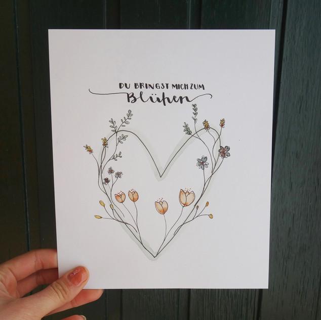Herz mit Blumen handgemalt