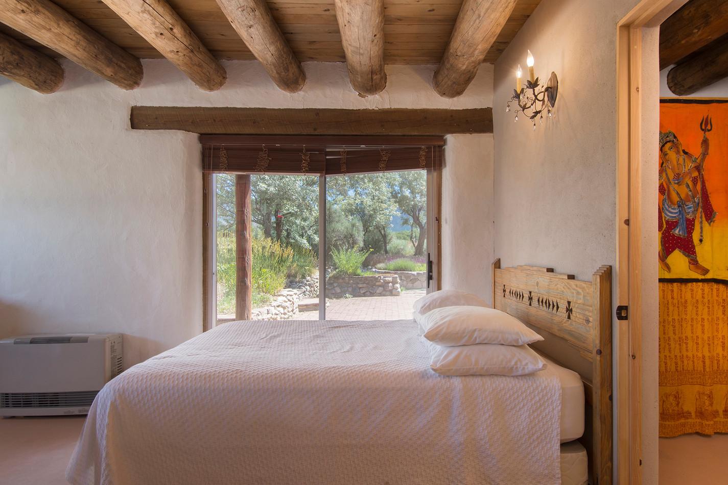 Guest-Bedroom-2---View-2.jpg