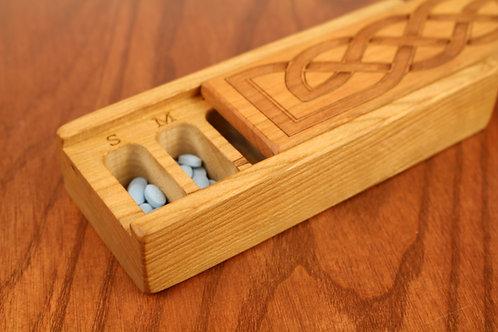 Celtic Knot | 7 Day Pill Box | Single