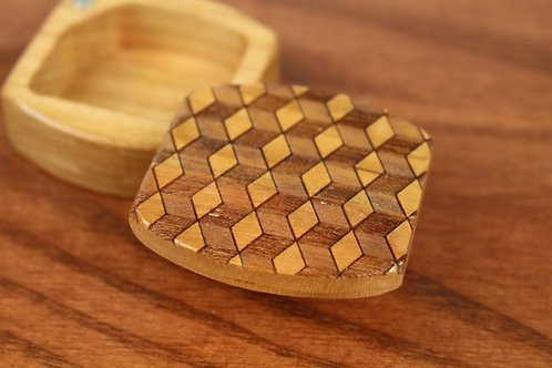 Cubes Optical Art | Natural Wood Magnetic Pill Box | Laser Engraved