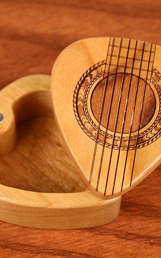 Guitar Strings - Guitar Pick Box G37