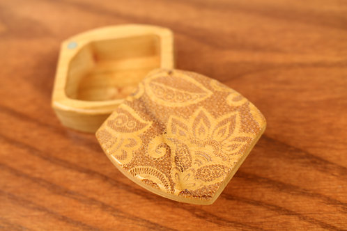 Lace | Natural Wood Magnetic Treasure Box | Laser Engraved