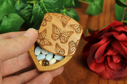 Butterfly | Magnetic Lid Jewelry Box | Laser Engraved