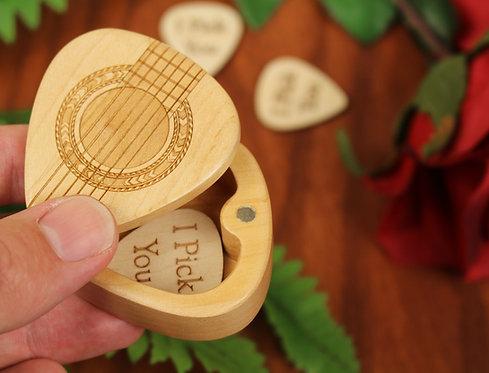 Maple Wood Guitar Pick Holder | Rosette G37