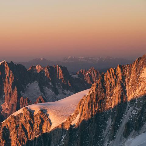Puesta de sol desde la cima del Mont Blanc - Sep18