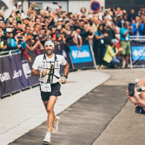 Luis Alberto Hernando ganando la CCC en Chamonix - Ago19
