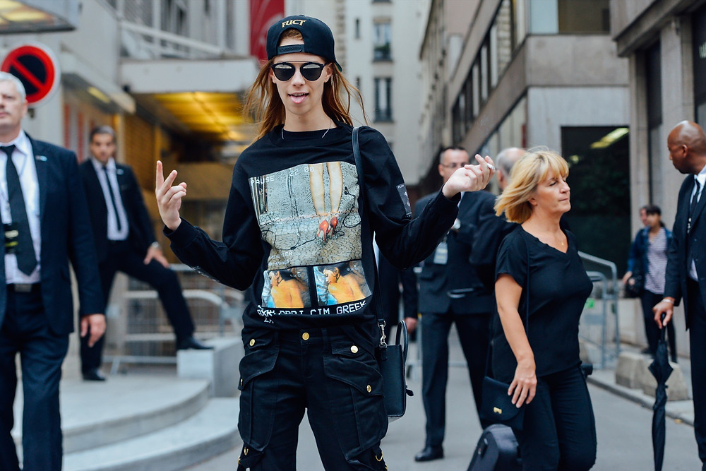 07-fall-2015-couture-street-style-17.jpg