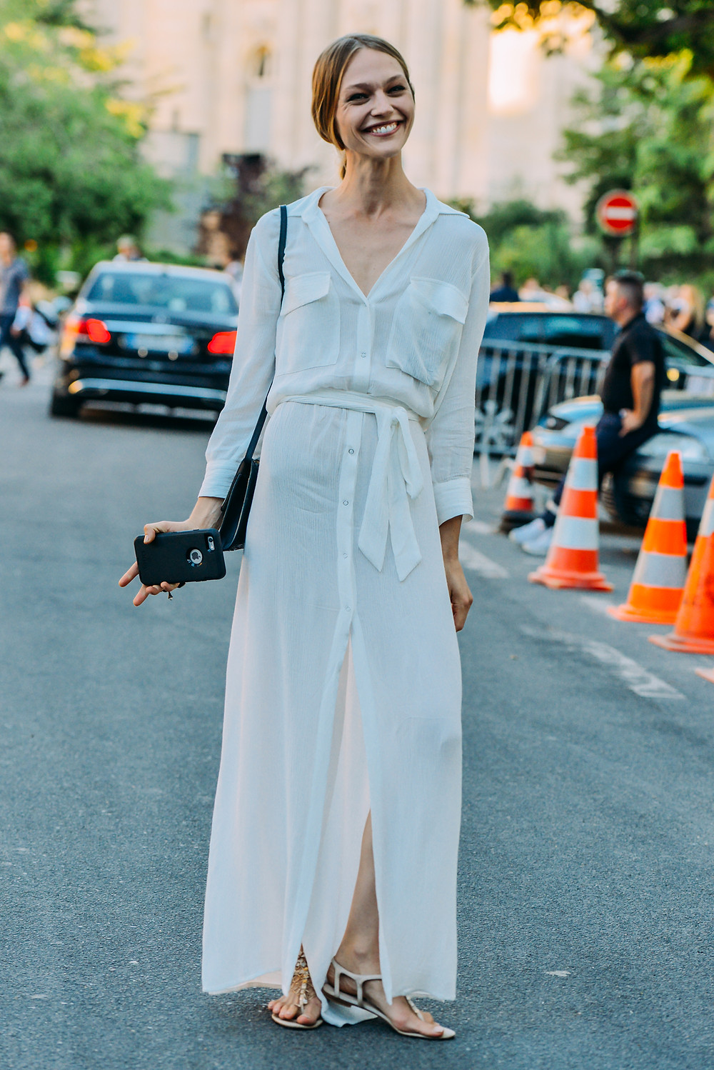 09-fall-2015-couture-street-style-19.jpg