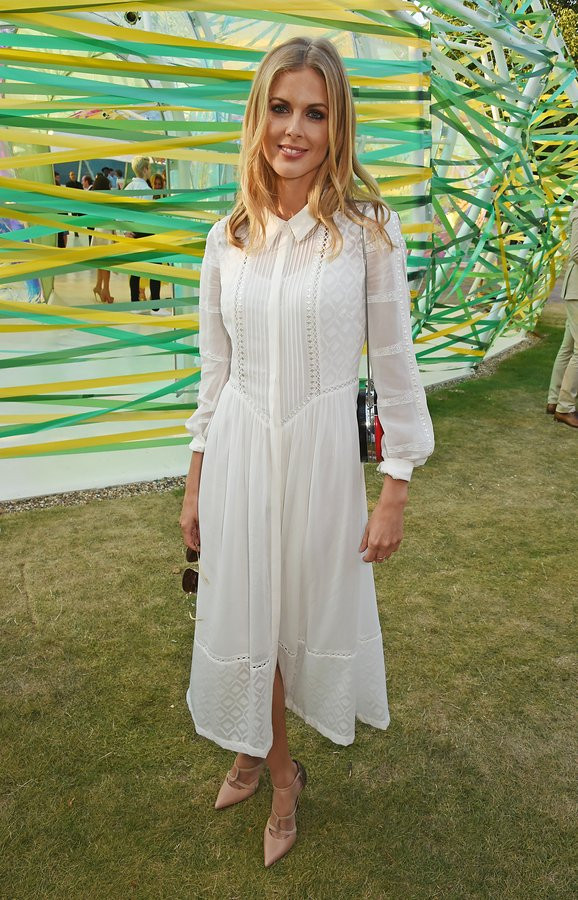 donna-air-serpentine-gallery.jpg