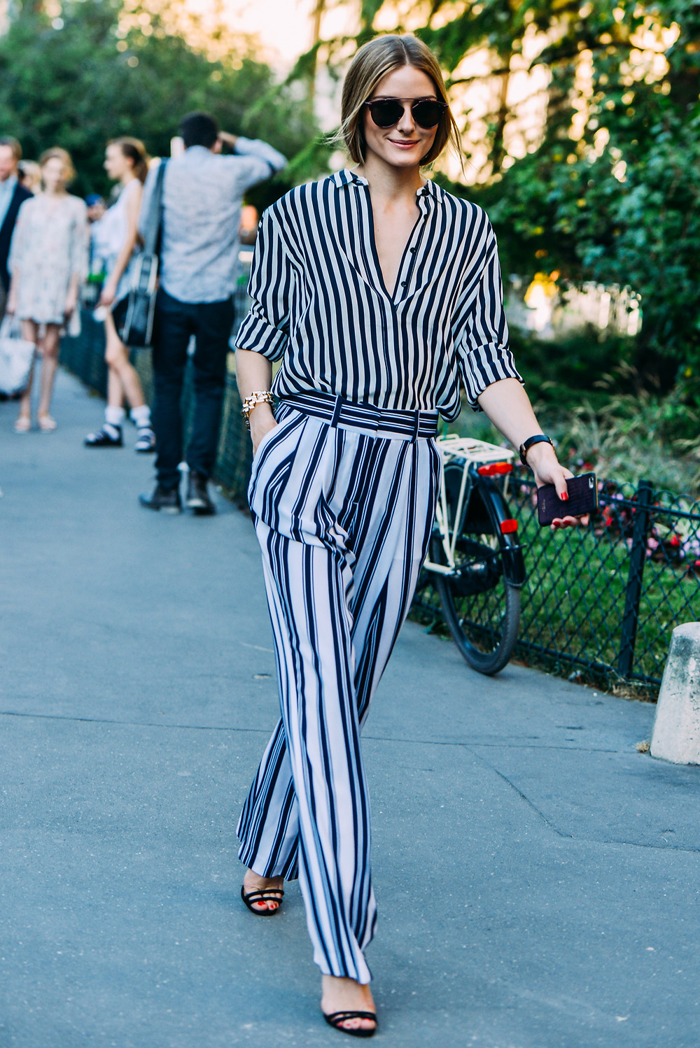 09-fall-2015-couture-street-style-17.jpg