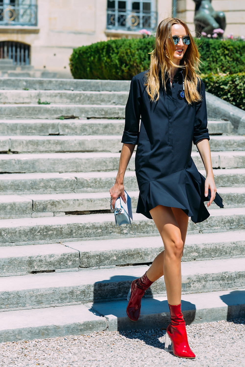 09-fall-2015-couture-street-style-12.jpg
