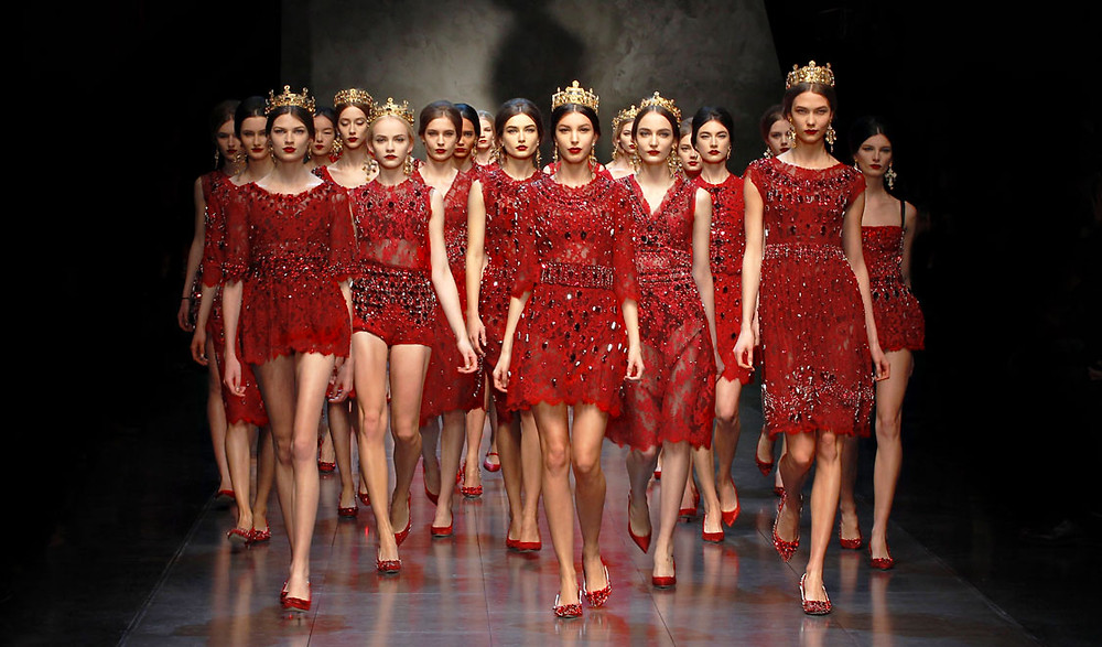 fall-winter-2014-fashion-must-have-trends-red-dresses-and-coats-from-dolce-and-g