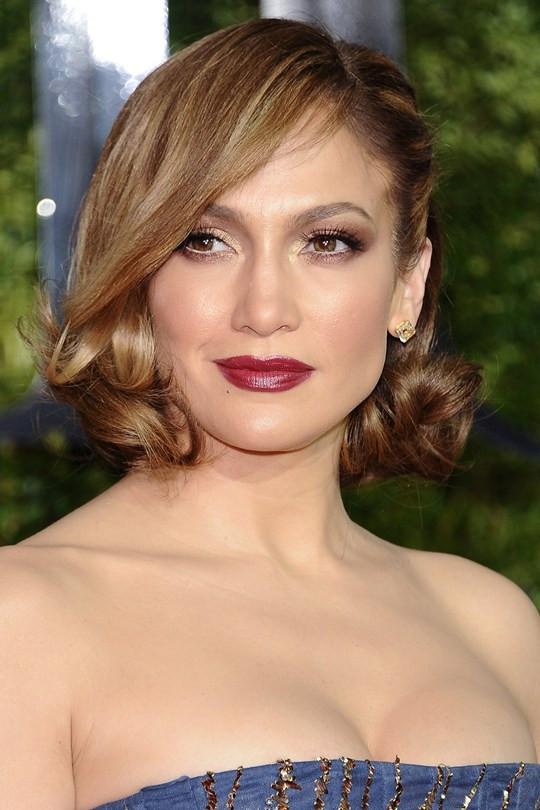 Jennifer-Lopez2_glamour_8jun15_getty_b_540x810.jpg