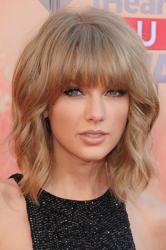 Taylor-Swift2_glamour_30mar15_getty_b_540x810.jpg