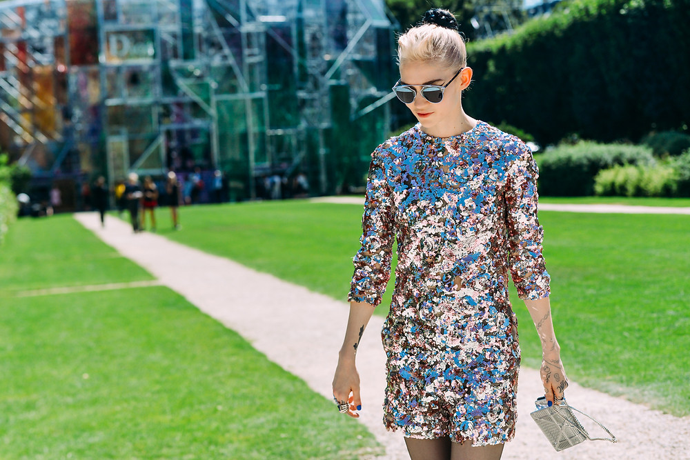 09-fall-2015-couture-street-style-01.jpg